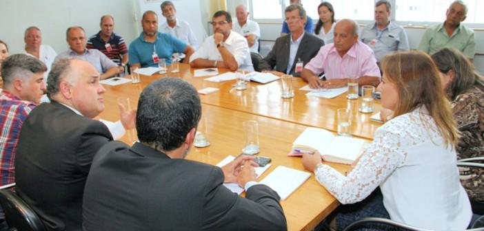 Lorena participa de encontro sobre diretrizes de licenciamento ambiental na Secretaria Estadual de Meio Ambiente