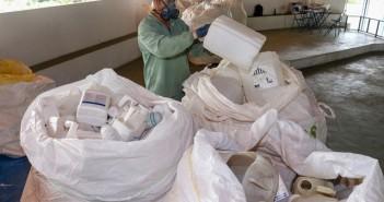Coleta embalagens em Lorena peq