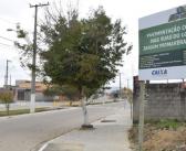 Dois trechos das obras de pavimentação do bairro Jardim Primavera finalizados