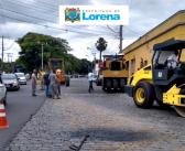 Praça Gama Filho começa a receber recapeamento asfáltico; serviço está incluso no pacote de obras da Praça Rosendo Pereira Leite